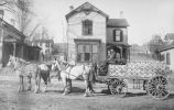 Peoria Spring wagon with Preston Clark crates