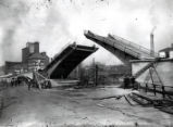 Original Construction of the Franklin Street Bridge in Peoria, Illinois (1 of 4)