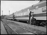 "Workers cleaning ""Empire Builder"" car, 14th Street passenger yards, Chicago, May 1948"