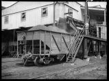 Loading car of coal at tipple of Truax-Traer Coal Co., Fiatt, Ill.