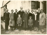 Reverend Jacobson with many Swedish missionaries standing in front of a building in Kingchow