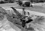 Dragline moving overburden