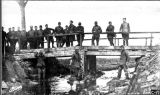 304th Engineers on bridge, Thinte river