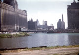 View looking east along the Chicago River