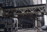 Elevated train track at the intersection of West Jackson Boulevard and South Wells Street