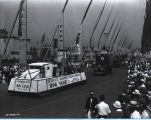 [The Reliance Manufacturing float parading down the Avenue of Flags at A Century of Progress International