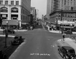 Traffic Intersection at Sheridan Road and Lawrence (image 02)