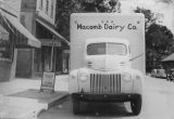 Macomb Dairy Delivery Truck c. 1934