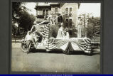 Parade Float in Bushnell 1921